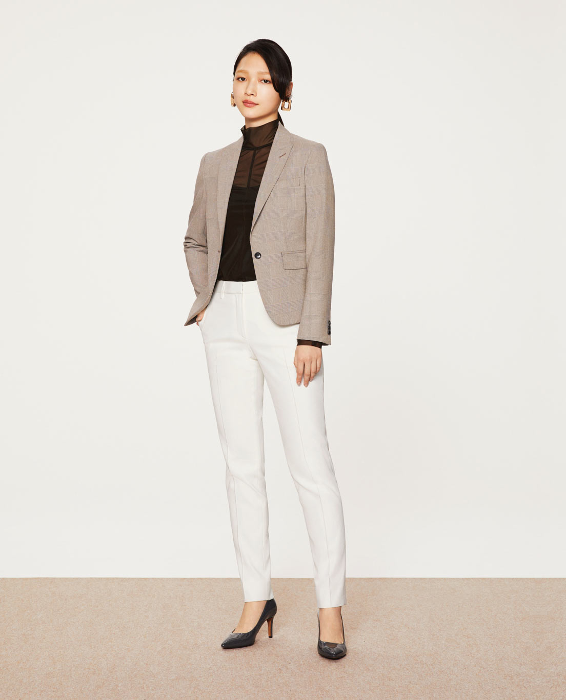 COMFORT TAILORED JACKET: 5443 / WASHABLE / TR2WAYSTRETCH / BROWNCHECK, TAPERED PANTS: 5454 / WASHABLE / STRETCH / UV / DRY / COOL / WHITE