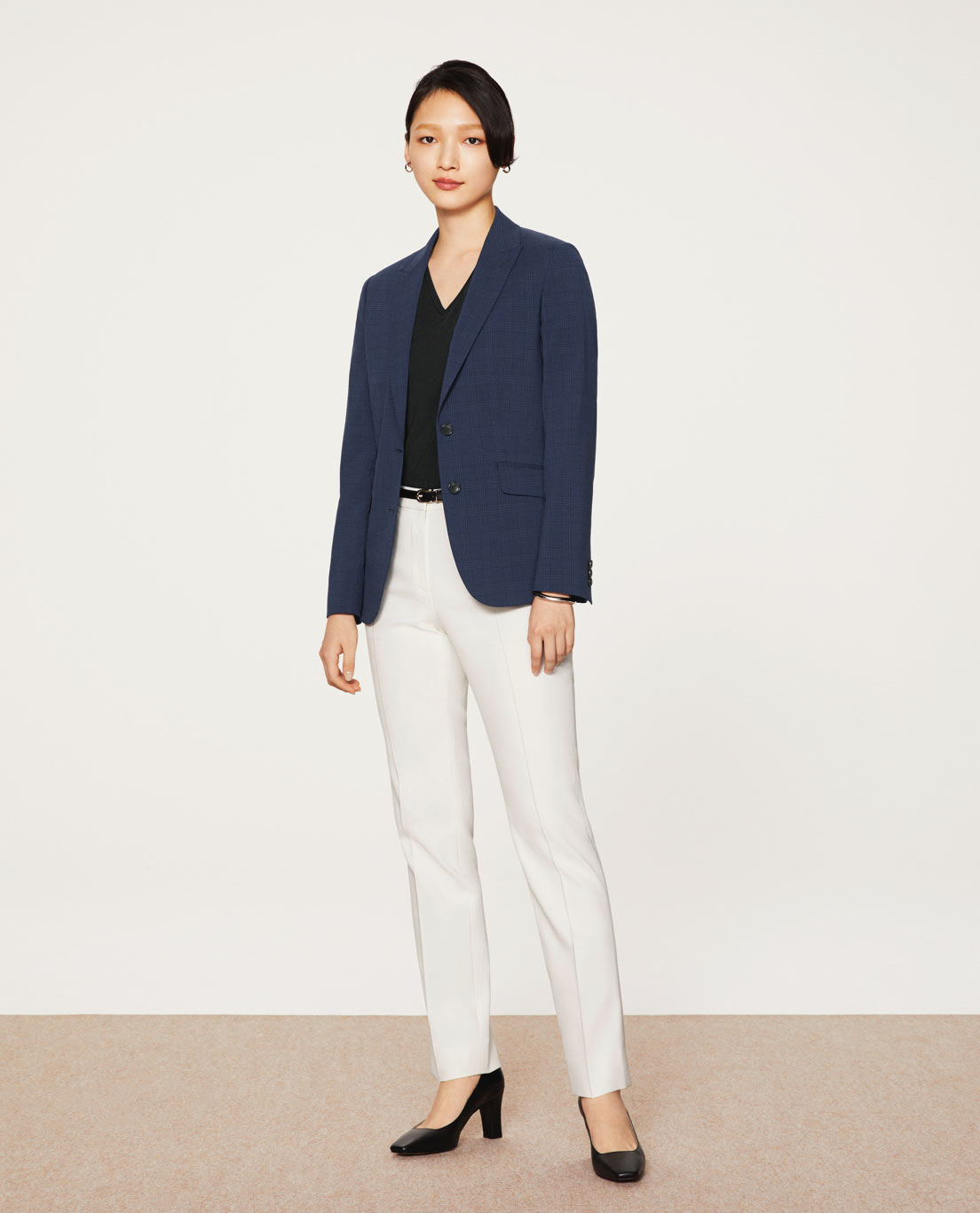 COMFORT TAILORED JACKET                      : 5602 / RIOPELE / WASHABLE / 2WAYSTRETCH / NAVYCHECK, TAPERED PANTS: 5454 / WASHABLE / STRETCH / UV / DRY / COOL / WHITE